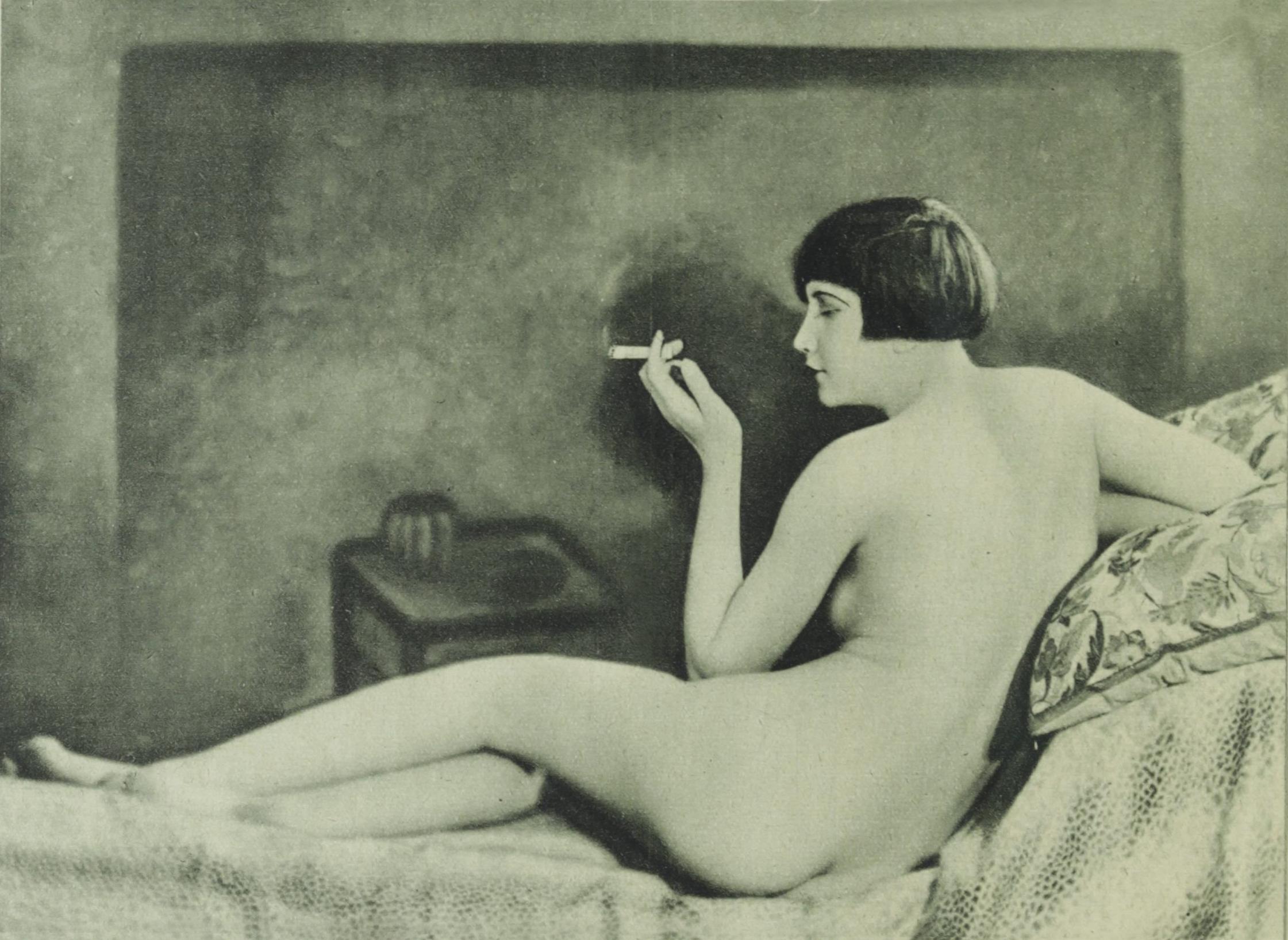 Anne Canovas  nackt